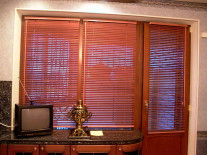 Деревянные жалюзи на окна - фото 3