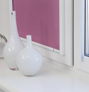 Ролл штора УНИ 2 на пластиковое окно без сверления